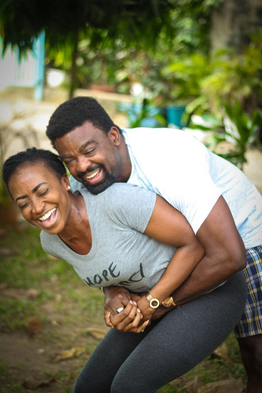 Kunle Afolayan with Kate Henshaw on the set of Roti