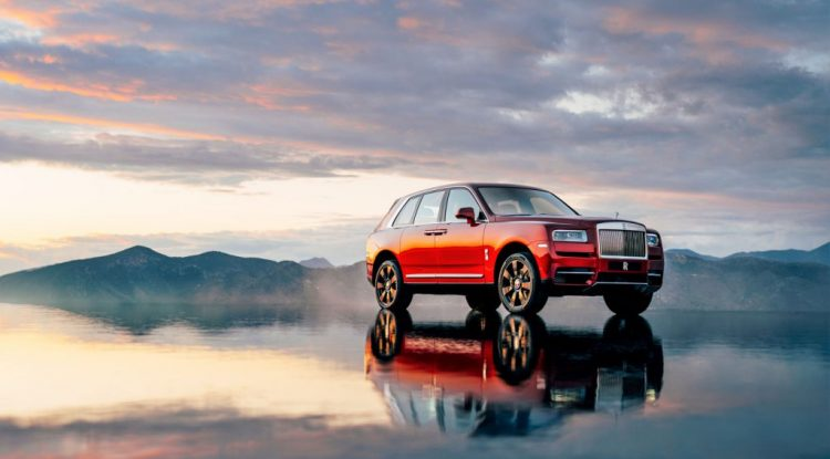 Rolls-Royce cullinan-magma-red-ext-4