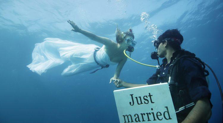 Anantara Kihavah Underwater Wedding Just Married