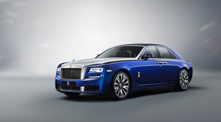 RR-Ghost-Standard-Wheel-Base-Static-Exterior-Front-3-4-Image-I-am-Ghost-High-Resolution-JPEG